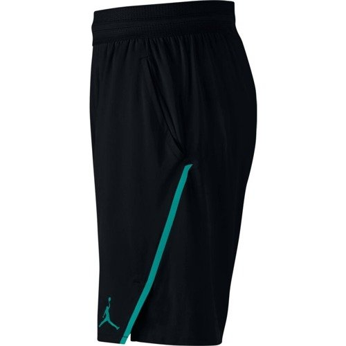 Air Jordan Ultimate Flight  Basketball shorts - 861498-011