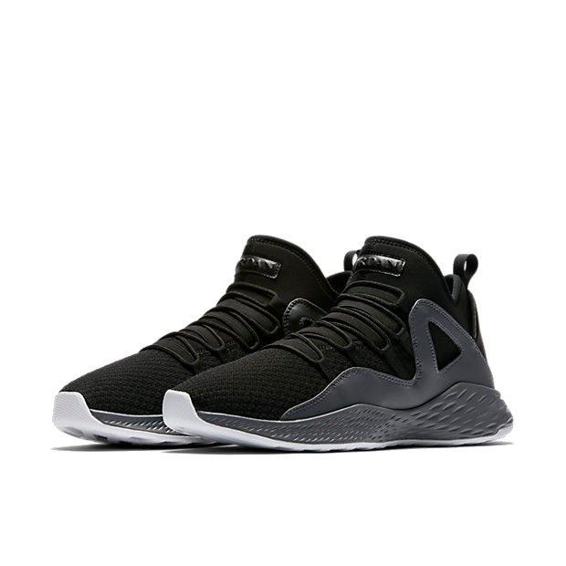 JORDAN FORMULA 23 - Basketballschuh - black/black-dark grey-white fnwUp5M2c