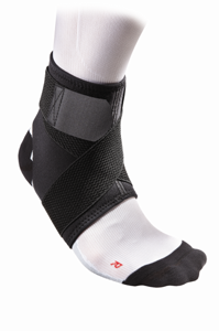 McDavid Ankle Support / Adjustable w/ Straps